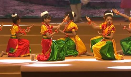 Aaradhya Bachchan 4dd71e04864d0c87d8f7def64f360d2d.md